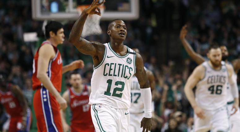 the best attitude 7f29d 5e1cd Terry Rozier Trolls Eric Bledsoe By Wearing A Drew Bledsoe ...