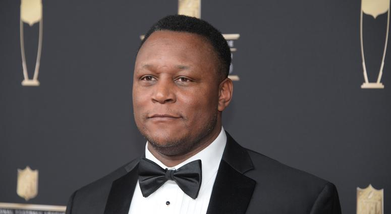 Barry Sanders Rips Refs For 'Sickening' Missed Calls As Former Lions
