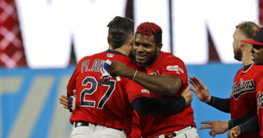 Puig Single In 10th Lifts Contending Indians Over Tigers 2-1