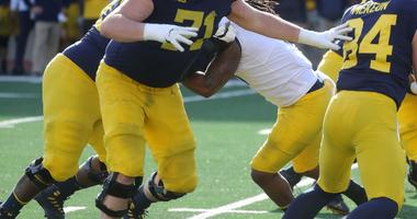Michigan RT Andrew Stueber Out For Start Of Season With Knee Injury: Source