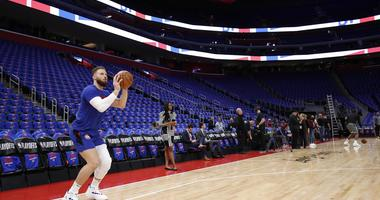 Blake Griffin Out At Least Two Weeks With Knee, Hamstring Issues