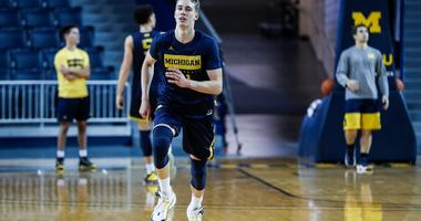 Michigan's Wagner To Miss Up To Six Weeks With Fractured Wrist