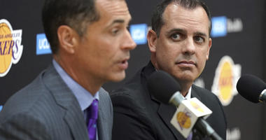 Vogel introduction caught up in ongoing Lakers drama