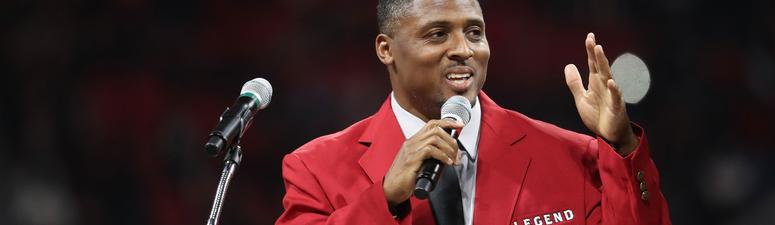 Former NFL Star Warrick Dunn Surprises Single Mother With New Home
