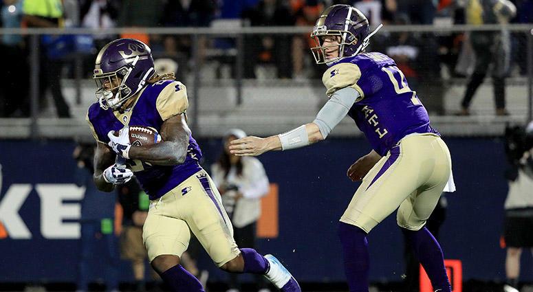 Atlanta Legends quarterback Matt Simms