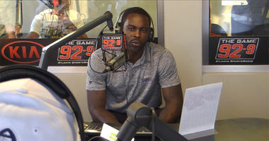 Atlanta Legends offensive coordinator Mike Vick